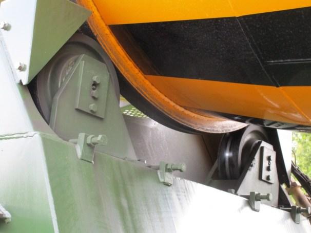 2021 MB Arocs 10x4 - rear rollers concrete mixer drum