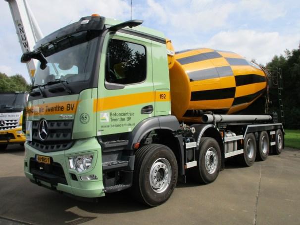 2021 MB Arocs 10x4 concrete mixer truck - 1