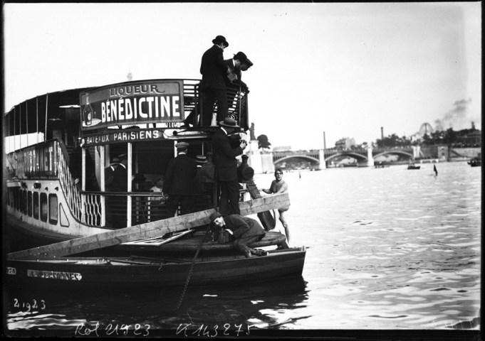 Juillet 1912, Paris