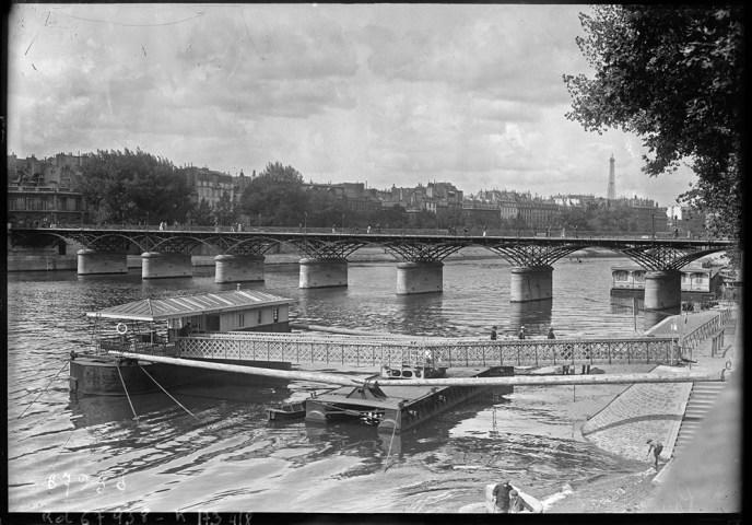 Aout 1921, Paris