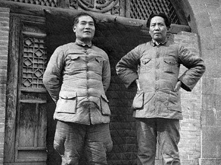 Petites et grandes histoires de Mao