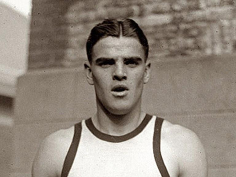 Le record de saut en longueur non homologué, car pas fait dans la bonne discipline