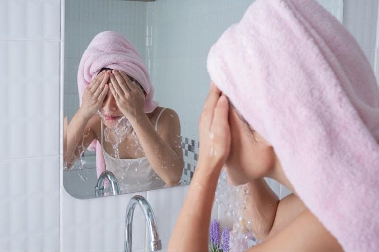 Cómo evitar sobrehidratar la piel