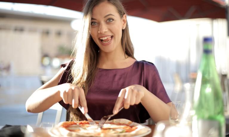 Descubre qué es el cheat meal y cómo hacerlo
