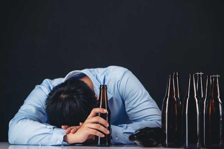 Motivos por los que dejar de beber alcohol