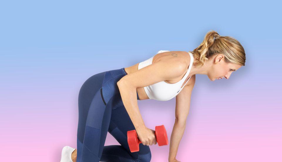 ejercicios con mancuernas para terminar con la flacidez de tus brazos