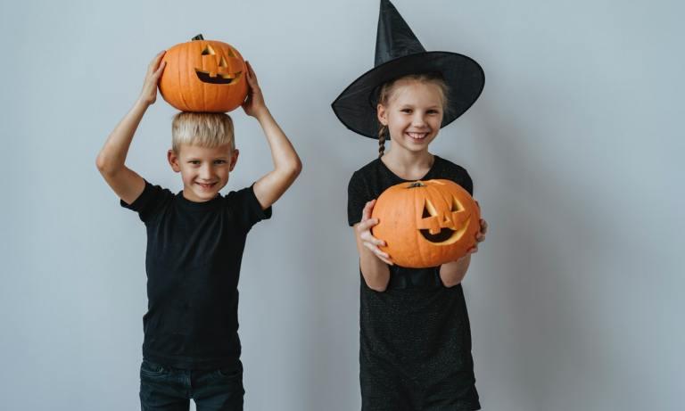 Sigue estos sencillos trucos para preparar un Halloween con niños