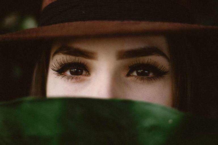 pestañas postizas con eyeliner magnético