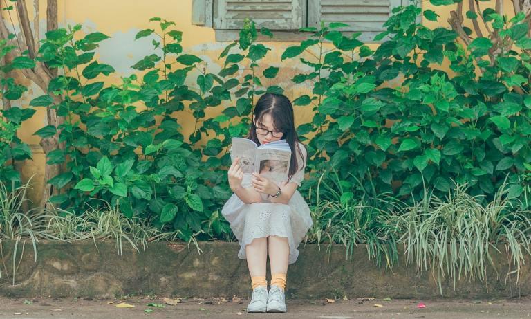 Esto es lo que puedes hacer para que los niños se interesen por la lectura
