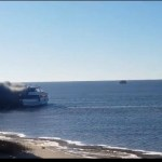Los pasajeros huyen de las llamas mortales a bordo del barco transbordador de un casino de EE. UU
