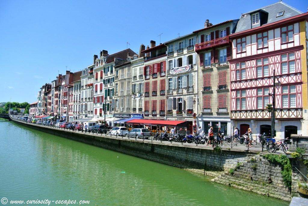 Bayonne au bord de la Nive