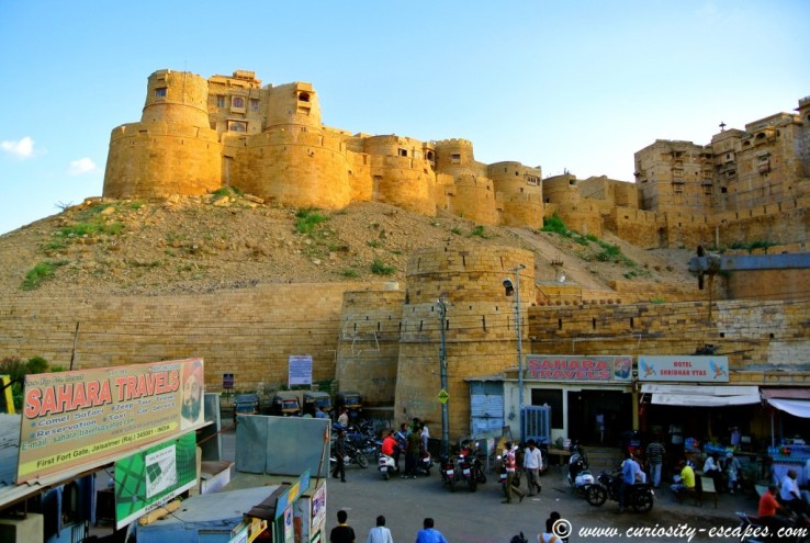 Sahara Travels, at the entrance of Jaisalmer Fort