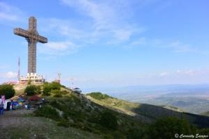 La croix du Millenium du haut du Mt Vodno, Macédoine