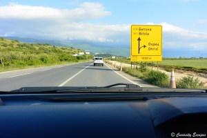Panneaux routiers en cyrillique
