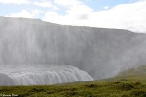 Bruine de la cascade Gullfoss