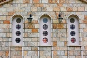 Vitraux de la chapelle de Sv Naum