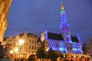 Grand Place illuminée pendant Noël