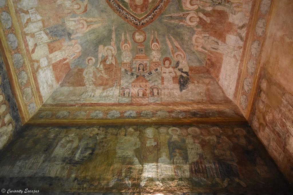 Fresques du XIIème siècle à Saint Chef