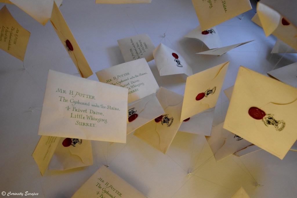 Lettres de Poudlard par MinaLima
