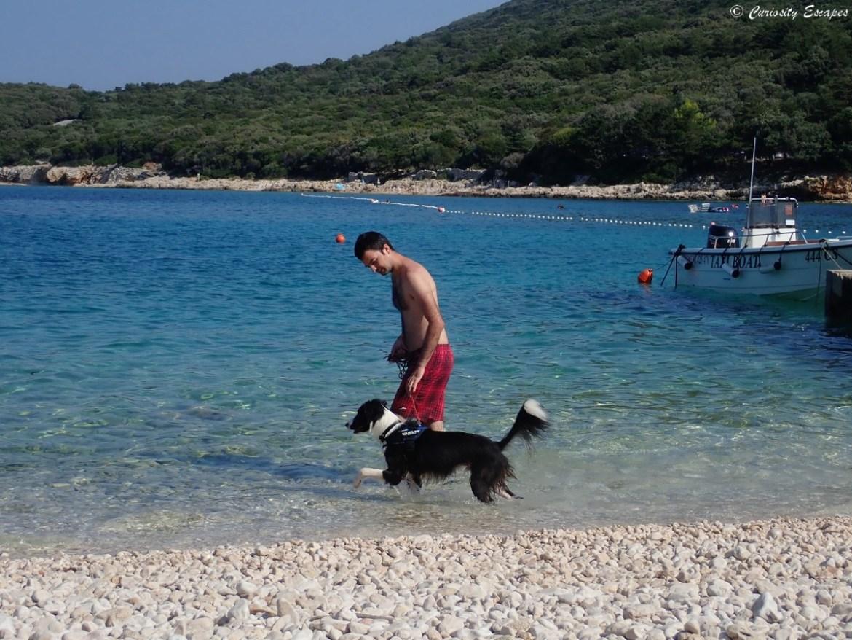 Plage pour chiens au camping Slatina, Cres