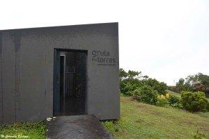Tunnel de lave Gruta das Torres sur Pico