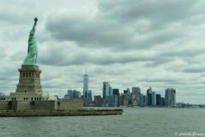 Statue de la Liberté et la skyline de New York