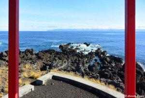 Les moulins rouges de l'île de Pico
