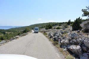 Route sur l'île de Cres, Croatie