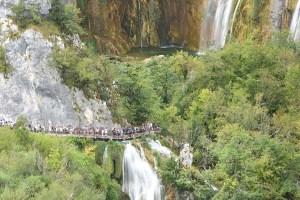 Ravages du tourisme de masse aux lacs de Plitvice