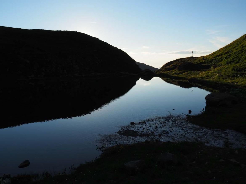 AU bord du lac d'Amour de nuit, Savoie