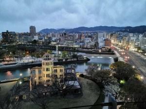 Hiroshima de nuit depuis la tour, Japon