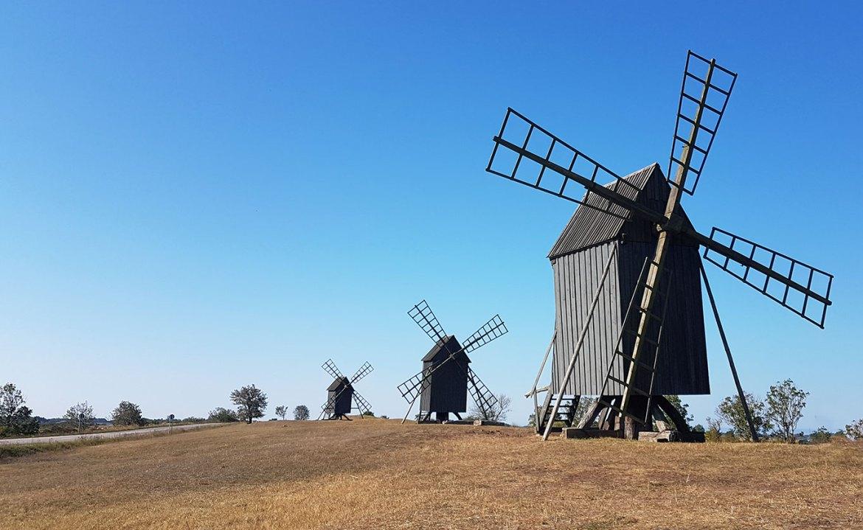 Des moulins par centaines sur l'île d'Öland en Suède