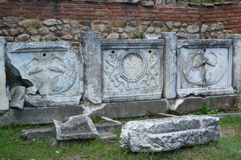 Artéfacts à la cité Heraclea Lyncestis de Bitola