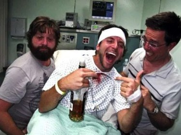 Bradley Cooper bevitore