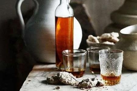 ricetta liquore mosca fatto in casa