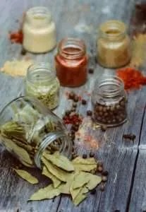 Peperoncini tondi farciti in vasetto ricetta