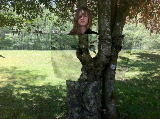 quantum-stealth-invisible-military-camouflage-1-537x402[1]