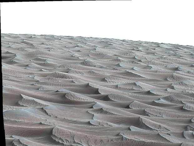 """Uma vista da """"High Dune"""" no campo de dunas Bagnold, em Marte"""