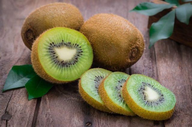 Curiouskeeda - Fruits - Kiwi