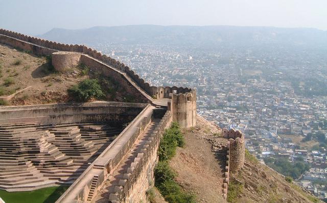 Curiouskeeda - Jaipur - Nahargarh Fort