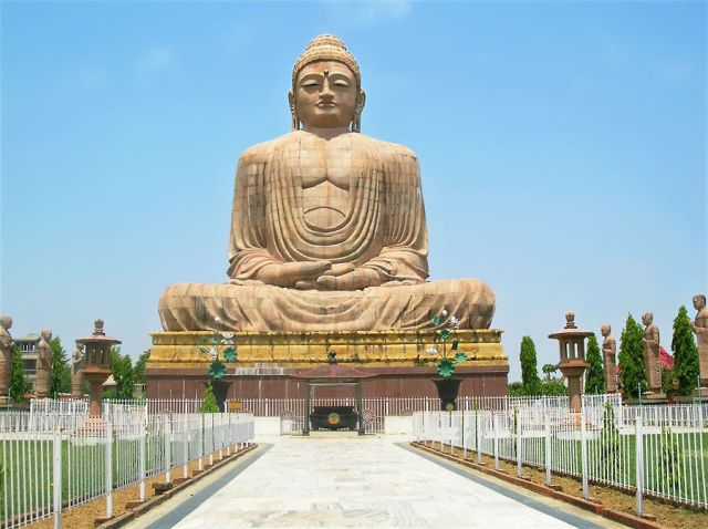 CuriousKeeda - Travel Guide - Bodhgaya