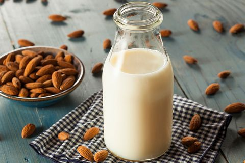 almonds for glowing and healthy skin in summer