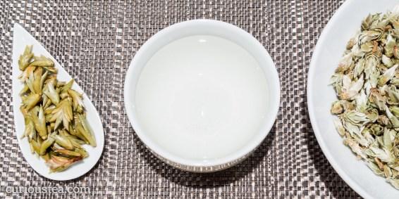 China Yunnan Ya Bao Silver Buds Sun Dried Wild Pu-erh White Tea