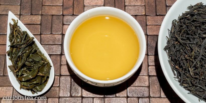China Guangdong Fenghuang Shan Phoenix Oolong Dan Cong Huang Zhi Xiang Orange Blossom Oolong
