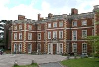 Alojamiento de lujo para nazis en UK a cargo del MI6