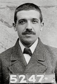 Carlo Ponzi, detenido en 1920