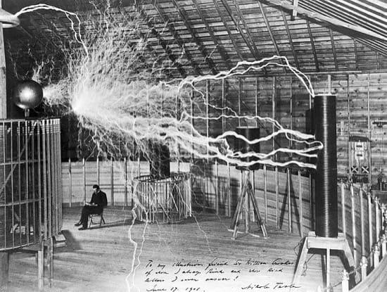 De cuando Edison electrocutó un elefante para atacar a Tesla