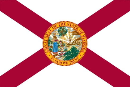La bandera de Florida tiene la cruz por su pasado español