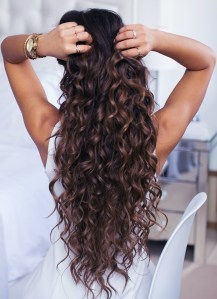 Curls smoothing treatment