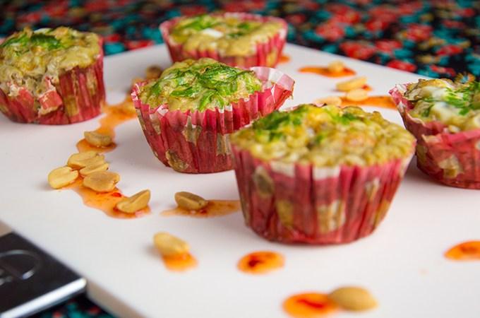 Aziatische muffin van ei met garnaal